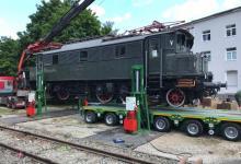 PHOTO-2020-05-26-14-34-01-7 Spedition Kübler Schwertransport Lokomotive Frankfurt E 04 20