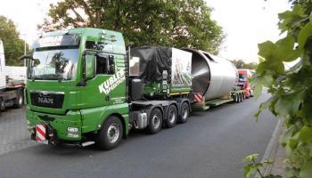 Behältertransporte bei der Spedition Kübler  - 16