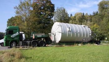 Behältertransporte bei der Spedition Kübler  - 18
