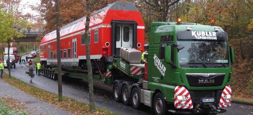 Spedition Kübler - Transport Doppelstockwagen